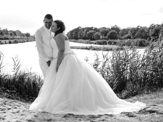 Le mariage de Esin et Jessy à Vendôme, Loir-et-Cher 78