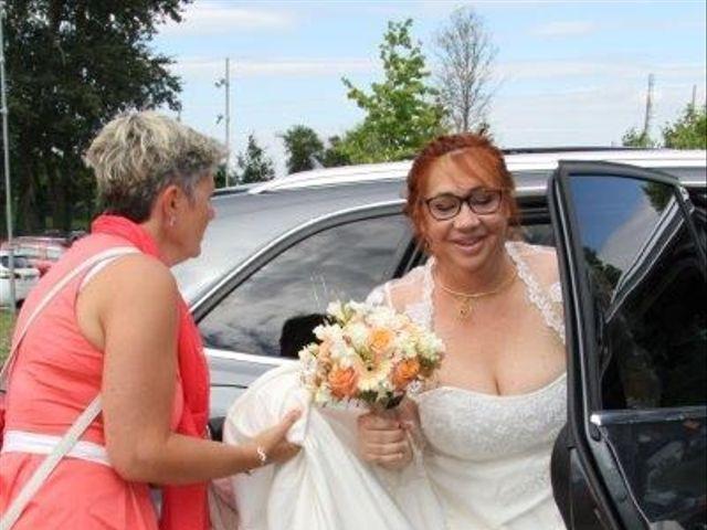 Le mariage de Eric et Sophie à Ons-en-Bray, Oise 5