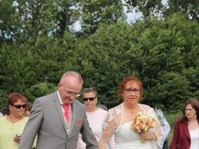 Le mariage de Eric et Sophie à Ons-en-Bray, Oise 59