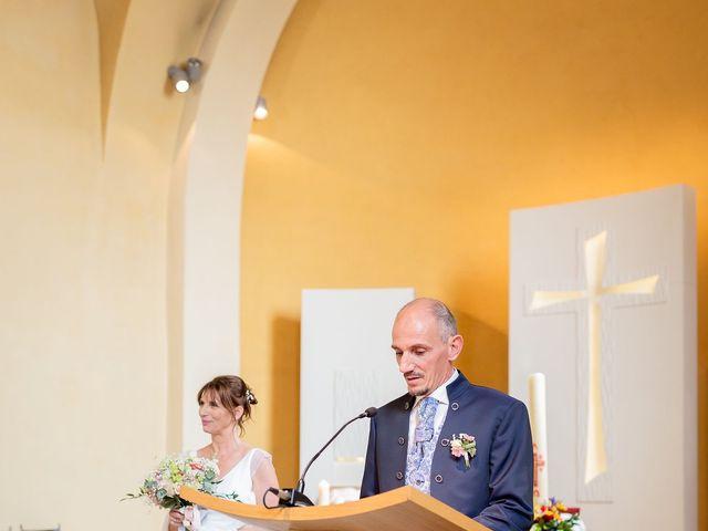 Le mariage de Ange et Emmanuelle à Décines-Charpieu, Rhône 7
