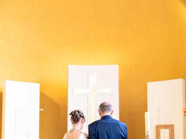 Le mariage de Ange et Emmanuelle à Décines-Charpieu, Rhône 8
