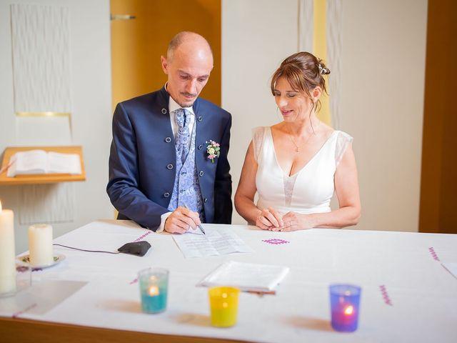 Le mariage de Ange et Emmanuelle à Décines-Charpieu, Rhône 9