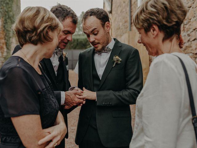 Le mariage de Sixtine et Pierre à Bourg-de-Thizy, Rhône 74