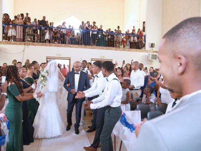 Le mariage de Zacharie et Ketsia à Savigny-le-Temple, Seine-et-Marne 39