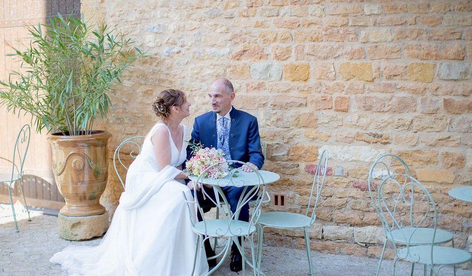 Le mariage de Ange et Emmanuelle à Décines-Charpieu, Rhône