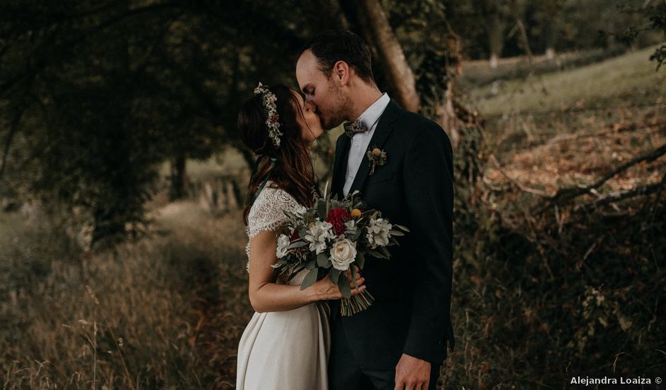 Le mariage de Sixtine et Pierre à Bourg-de-Thizy, Rhône