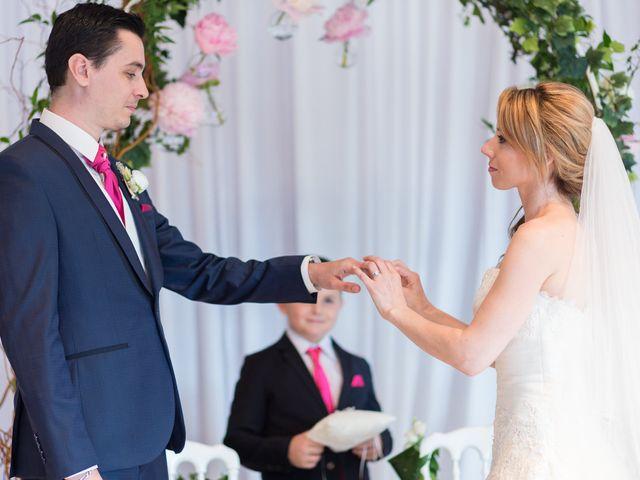 Le mariage de Damien et Mélissandre à Issy-les-Moulineaux, Hauts-de-Seine 34