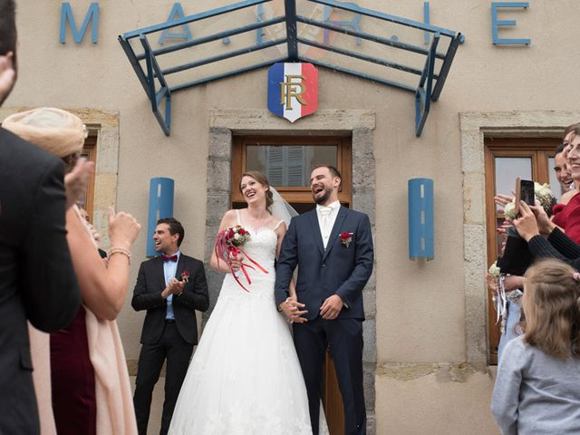 Le mariage de Antoine et Regina à Saint-Sandoux, Puy-de-Dôme 16