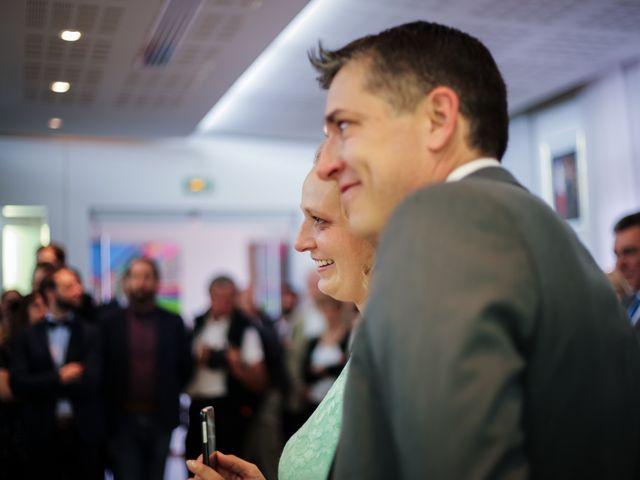 Le mariage de Mikaël et Charlène à Saint-Médard-en-Jalles, Gironde 6