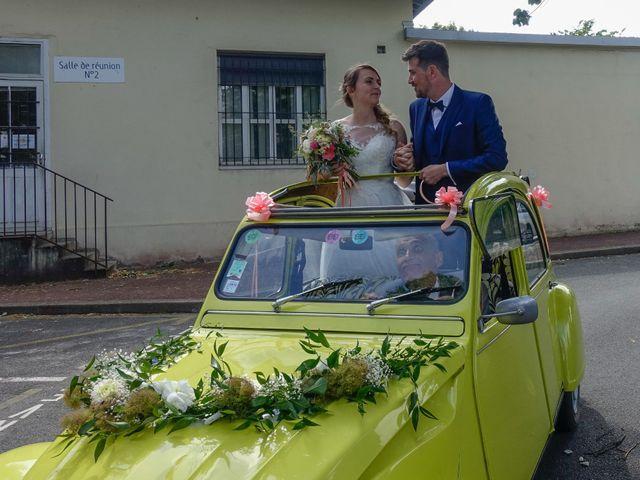 Le mariage de Mikaël et Charlène à Saint-Médard-en-Jalles, Gironde 7