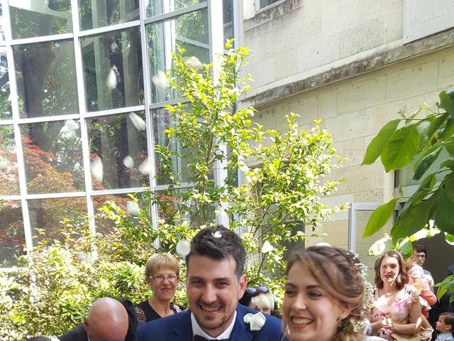 Le mariage de Mikaël et Charlène à Saint-Médard-en-Jalles, Gironde 9