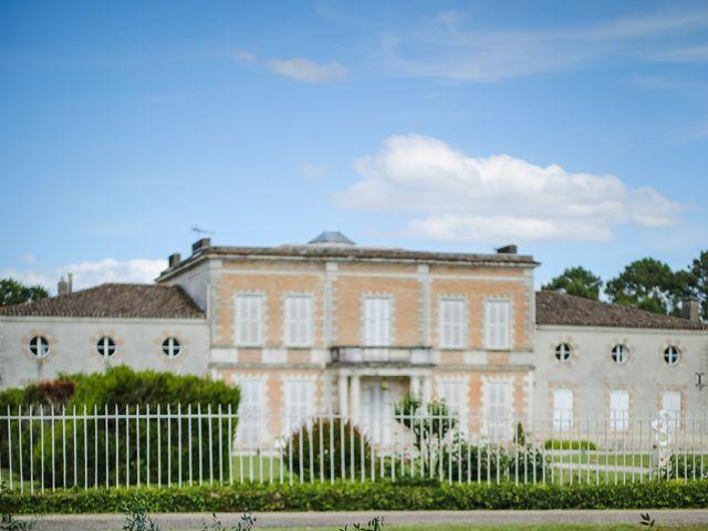 Le mariage de Mikaël et Charlène à Saint-Médard-en-Jalles, Gironde 13