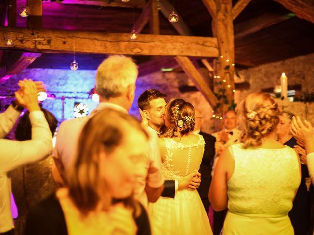 Le mariage de Mikaël et Charlène à Saint-Médard-en-Jalles, Gironde 48