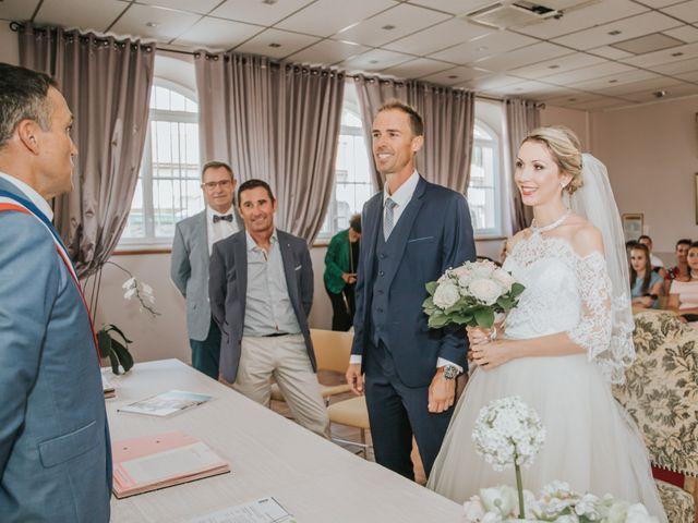 Le mariage de Sebastien et Sarah à Lançon-Provence, Bouches-du-Rhône 14