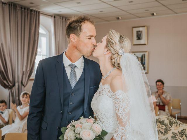 Le mariage de Sebastien et Sarah à Lançon-Provence, Bouches-du-Rhône 15