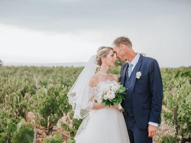 Le mariage de Sebastien et Sarah à Lançon-Provence, Bouches-du-Rhône 33