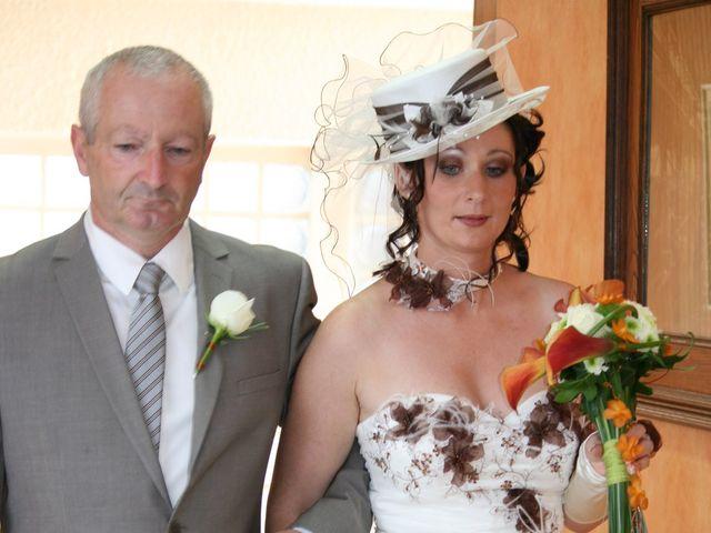 Le mariage de Mélinda et Cédric à Hautmont, Nord 16