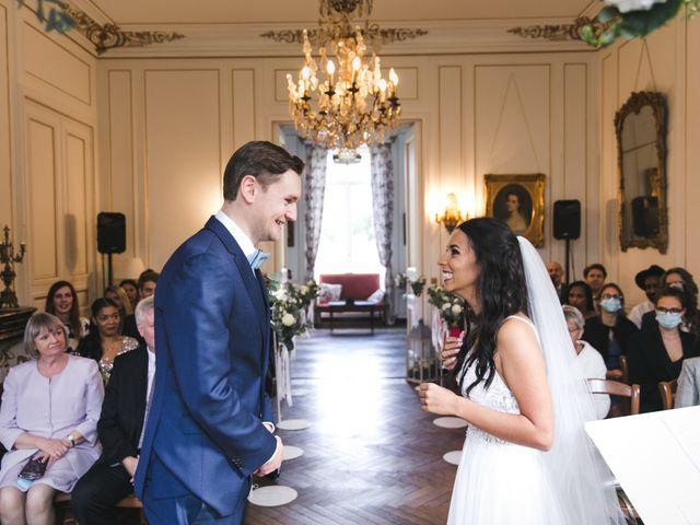 Le mariage de Shaun et Joy à Saint-Aubin-du-Perron, Manche 17
