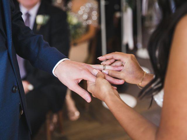 Le mariage de Shaun et Joy à Saint-Aubin-du-Perron, Manche 18