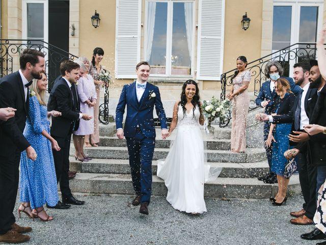 Le mariage de Shaun et Joy à Saint-Aubin-du-Perron, Manche 21