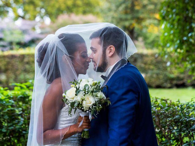 Le mariage de Alexandre et Elodie à Paris, Paris 6
