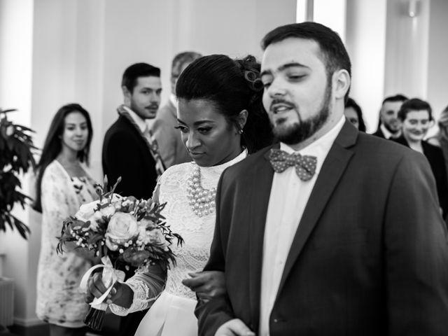 Le mariage de Alexandre et Elodie à Paris, Paris 11