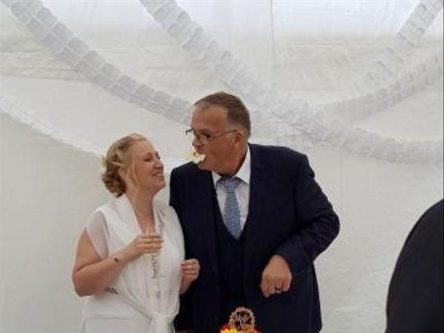 Le mariage de Serge et Véro à Labuissière, Pas-de-Calais 9