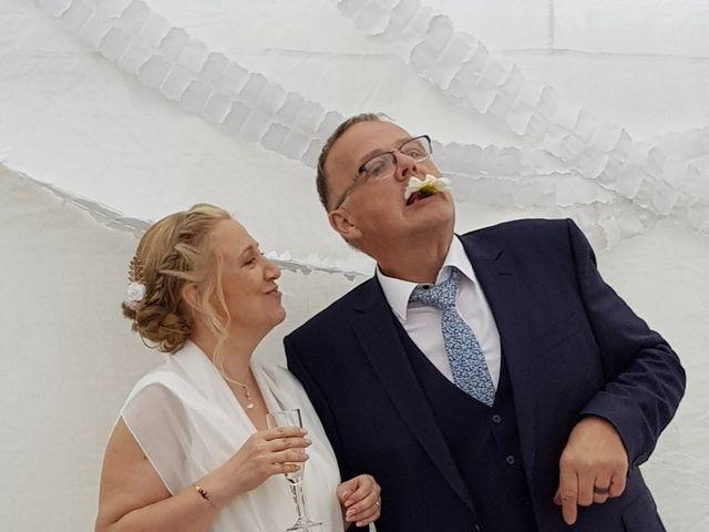 Le mariage de Serge et Véro à Labuissière, Pas-de-Calais 10