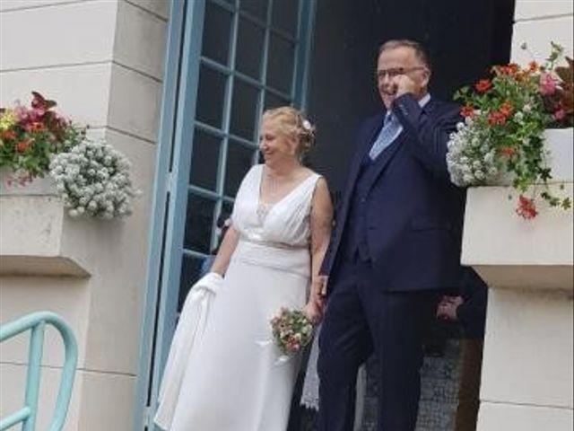 Le mariage de Serge et Véro à Labuissière, Pas-de-Calais 11