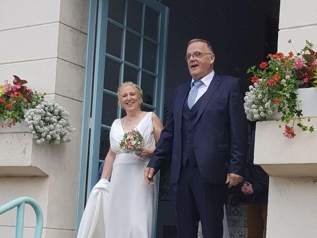 Le mariage de Serge et Véro à Labuissière, Pas-de-Calais 13