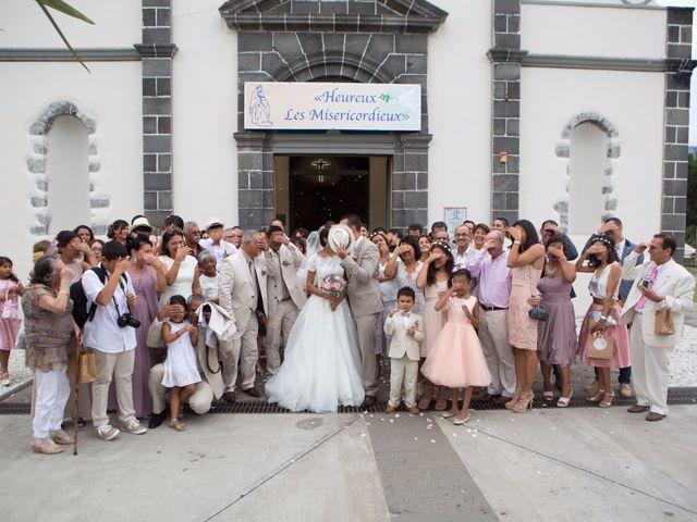 Le mariage de Vincent et Audrey à L'Étang-Salé, La Réunion 42