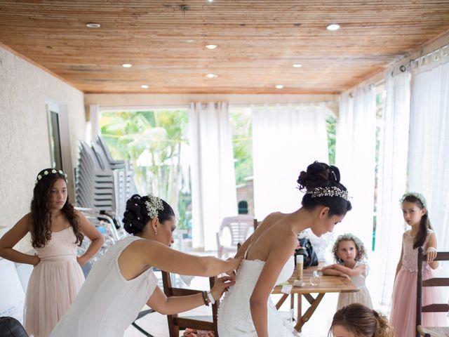 Le mariage de Vincent et Audrey à L'Étang-Salé, La Réunion 12