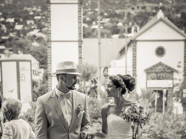 Le mariage de Vincent et Audrey à L'Étang-Salé, La Réunion 25