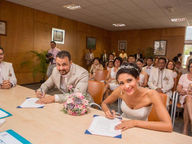 Le mariage de Vincent et Audrey à L'Étang-Salé, La Réunion 28