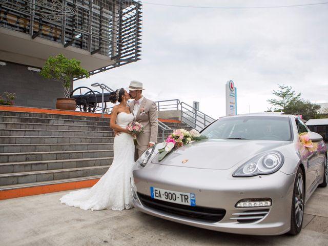 Le mariage de Vincent et Audrey à L'Étang-Salé, La Réunion 30