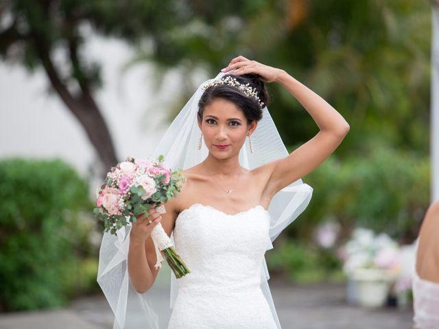 Le mariage de Vincent et Audrey à L'Étang-Salé, La Réunion 35