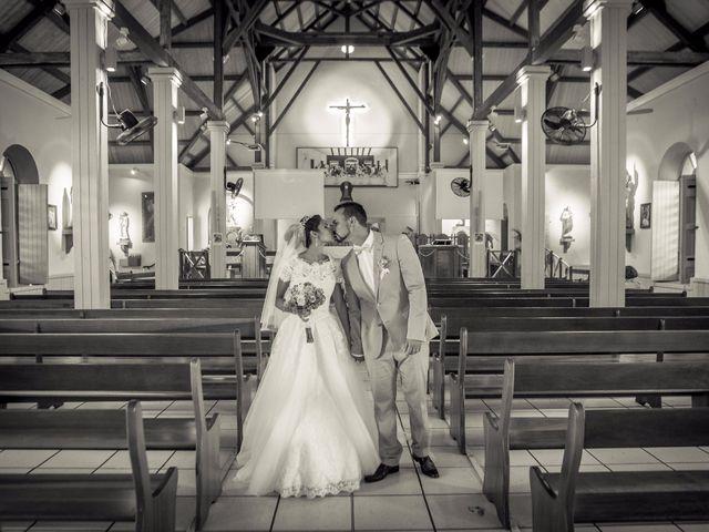Le mariage de Vincent et Audrey à L'Étang-Salé, La Réunion 39