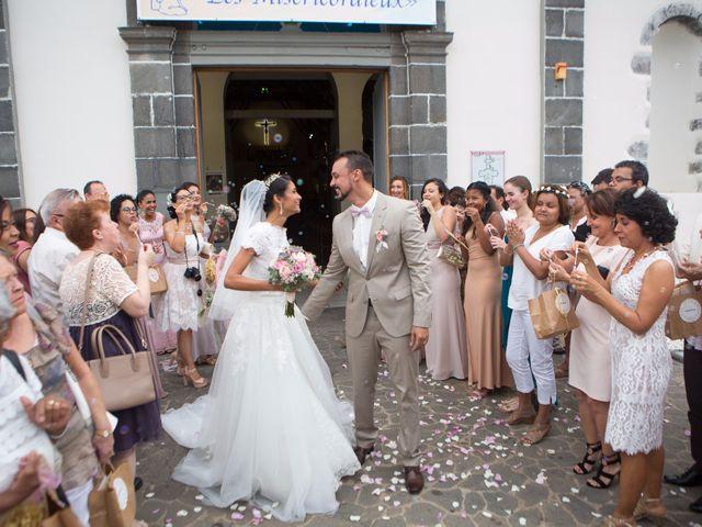 Le mariage de Vincent et Audrey à L'Étang-Salé, La Réunion 40