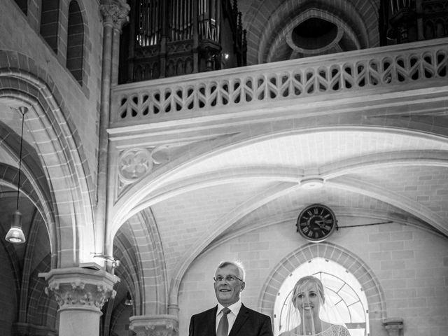 Le mariage de Grégory et Sophie à Villepreux, Yvelines 14