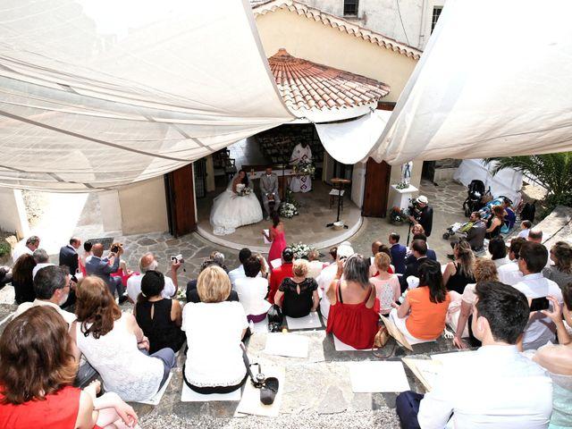 Le mariage de Florent et Sandra à Cavalière, Var 5