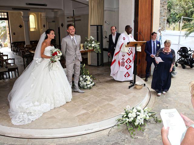 Le mariage de Florent et Sandra à Cavalière, Var 8