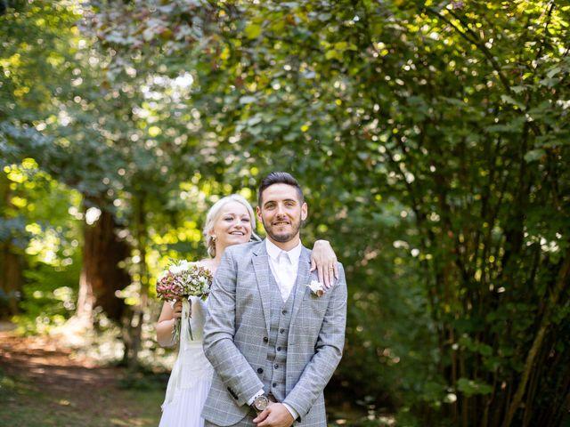 Le mariage de Allan et Romane à Dannemarie, Haut Rhin 7