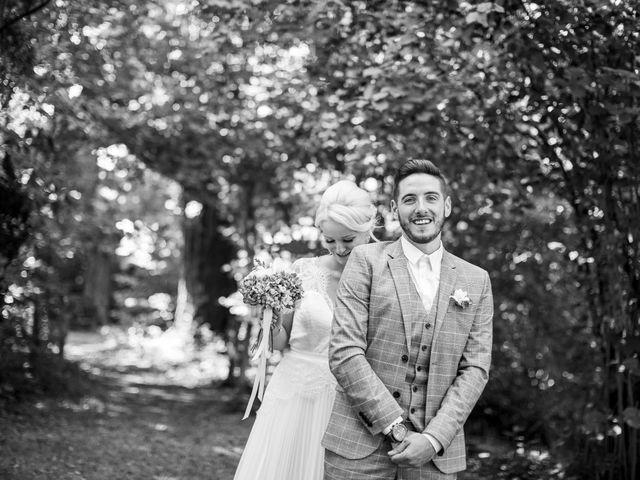 Le mariage de Allan et Romane à Dannemarie, Haut Rhin 8