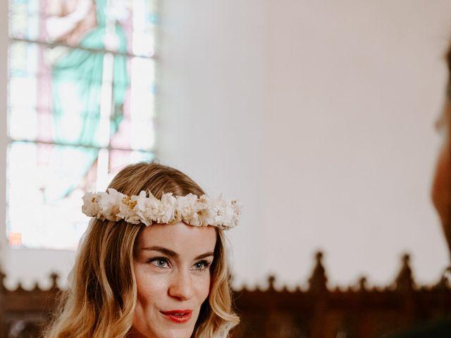 Le mariage de Vincent et Caroline à Heugueville-sur-Sienne, Manche 35