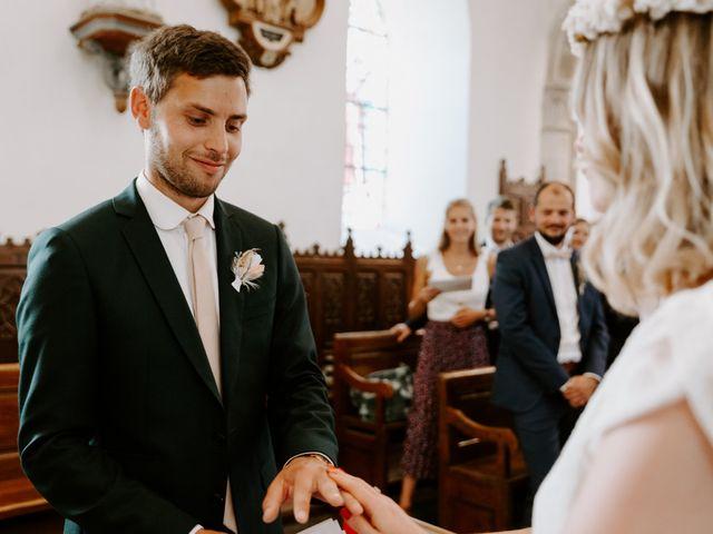 Le mariage de Vincent et Caroline à Heugueville-sur-Sienne, Manche 37