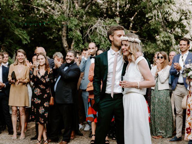 Le mariage de Vincent et Caroline à Heugueville-sur-Sienne, Manche 57
