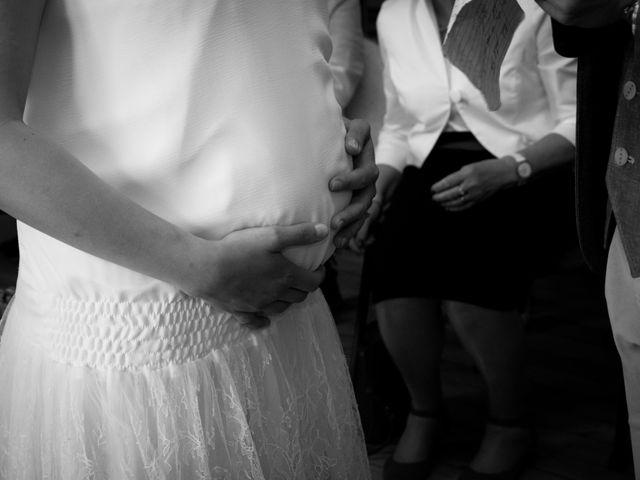 Le mariage de Rémi et Caroline à Saint-Martin-la-Plaine, Loire 4