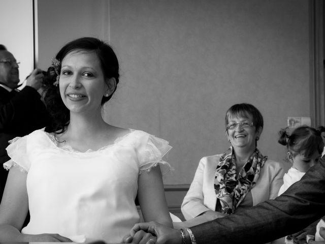 Le mariage de Rémi et Caroline à Saint-Martin-la-Plaine, Loire 5