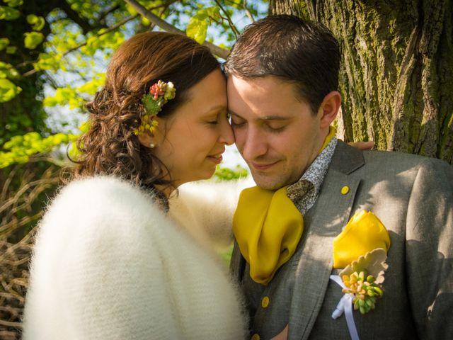 Le mariage de Rémi et Caroline à Saint-Martin-la-Plaine, Loire 47