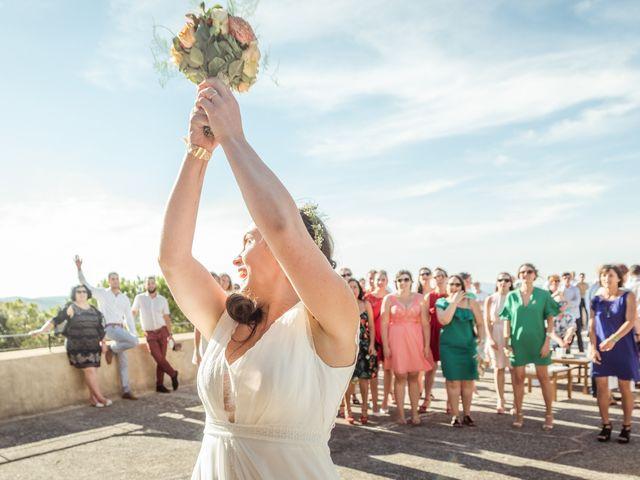 Le mariage de Thomas et Claire à Bagnols-sur-Cèze, Gard 34